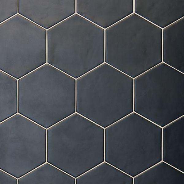 Token Black Matt | Skheme #skheme #tile #tiles #geometric #hexagon http://www.skheme.com/Code.aspx?ID=TOKEN%20BLACK