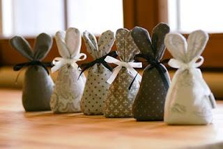 Osterhasen - Easter Rabbits