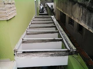 VANILTON SANTOS Serralheria fabricação e manutenção: Telhado de Policarbonato
