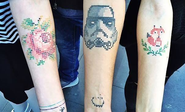 Turkish Artist Eva Krbdk creates cool Pixel art tattoos  (1)