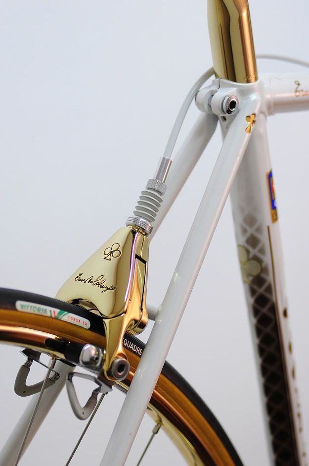 Colnago has never sacrificed weight for style, evidenced by its lavish…