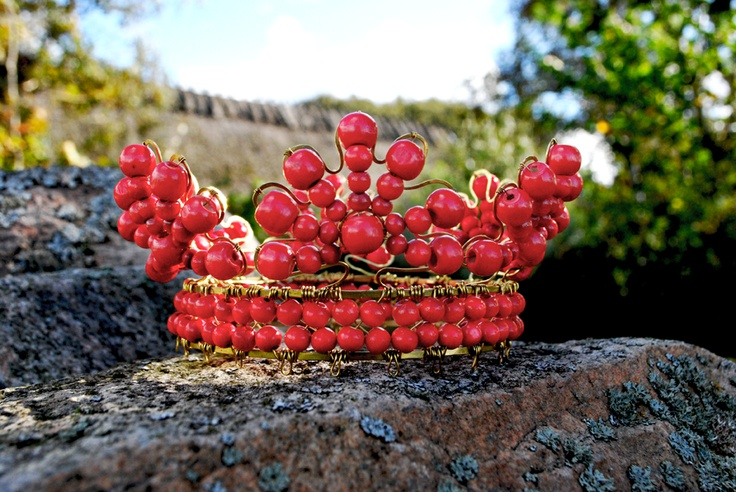 """Redtop"" - Scandinavian styled red wire work crown . Brass, wood Britten Toftarp 2012. #wirework"