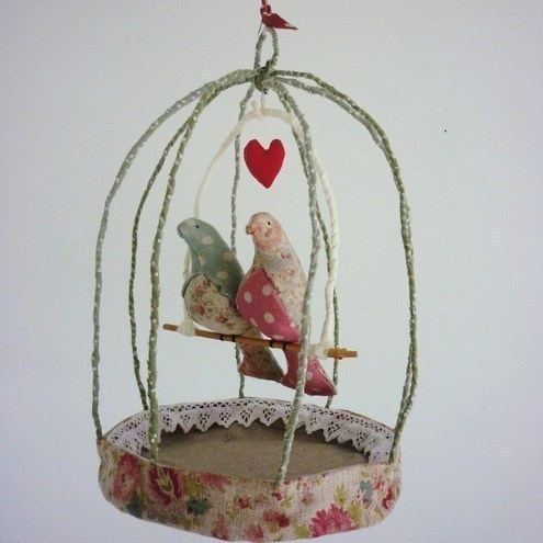 Love Birds by Kirsty Elson. Lovely - and probably inspired by the fabulous creations of Tamar Mogendorff