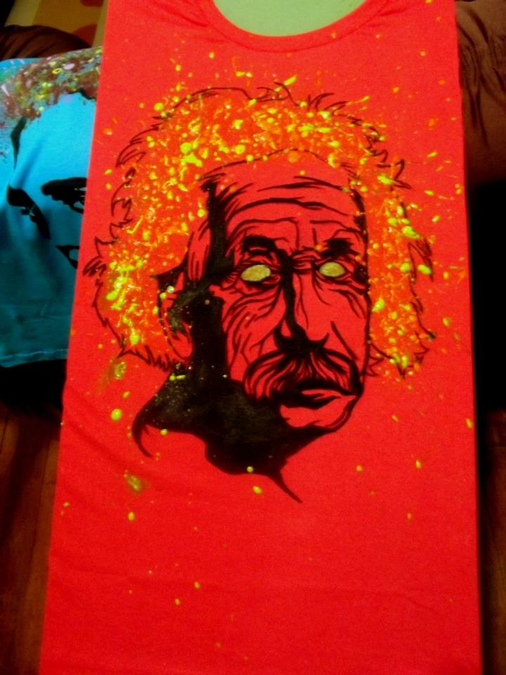 Camiseta einstein feita a mão Rafael Lucas Prereira