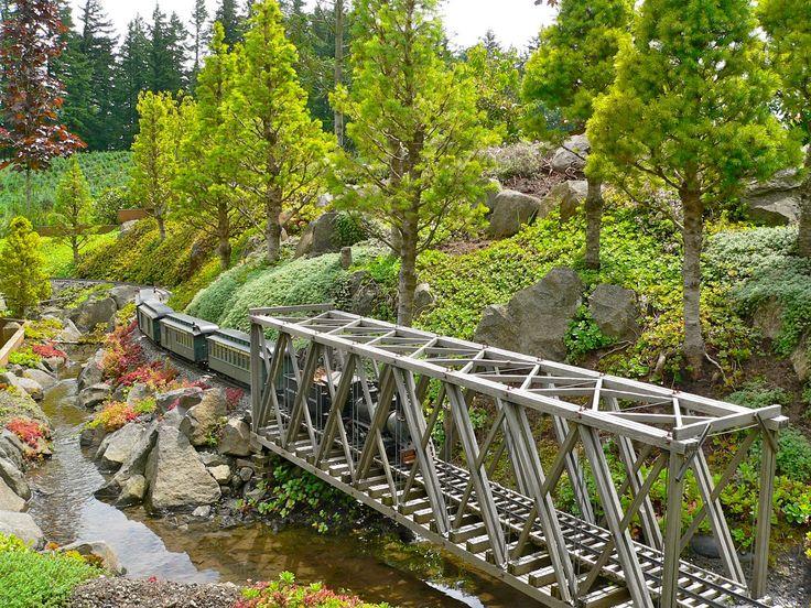 garden railroads | ... True Adventures in Portland OR: Rose City Garden Railway Summer Tour