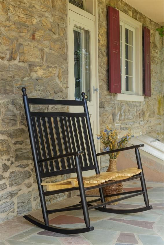 25 Best Ideas About Old Rocking Chairs On Pinterest