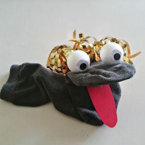 1000 id es sur le th me marionnettes en chaussettes sur pinterest marionnettes marionnettes - Fabriquer une marionnette articulee ...