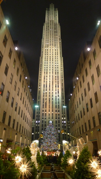 One of my favorite times to be in NY.  Been many times, but the best was 12/2011 with my sweetie. - Christmas★Rockefeller Center