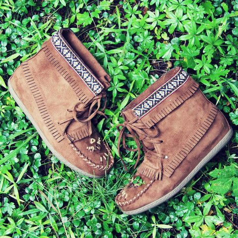 Moccasins yes please!