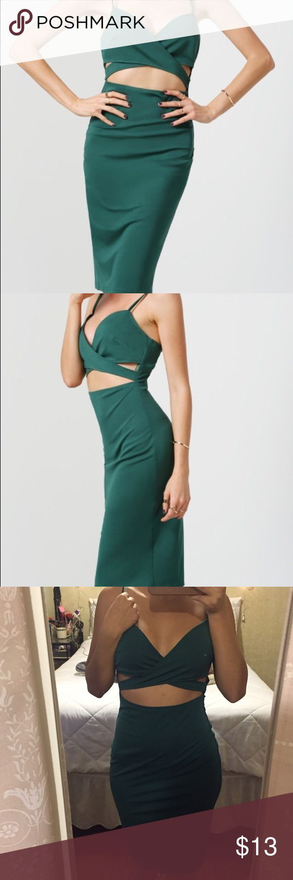 Green Midi Dress Bought this dress a couple months of ago. Only wore once. Beautiful dress! shein Dresses Midi