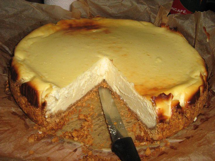 Cheesecake cu ingrediente pur romanesti