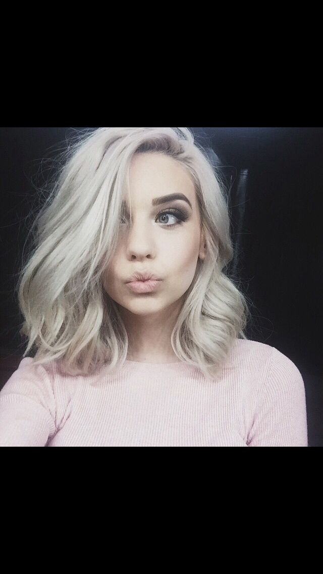 Blonde lob and bold brows