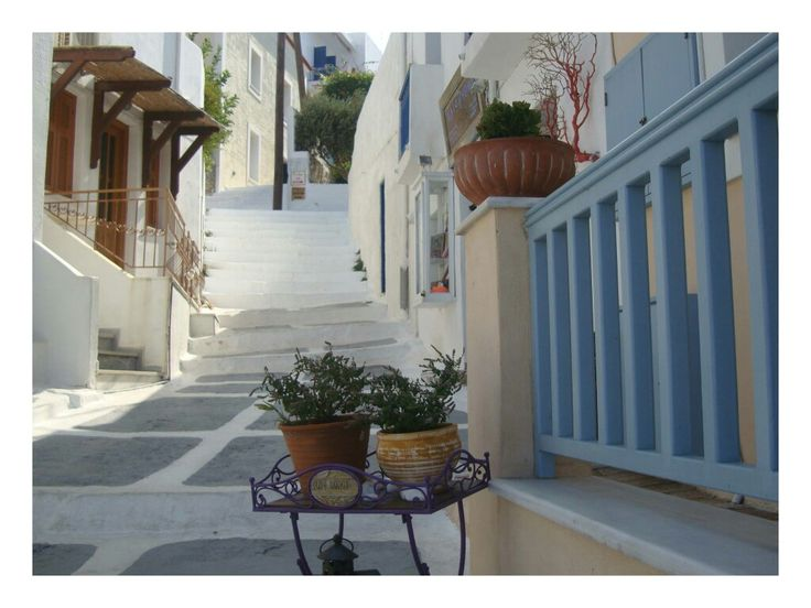 Batsi, Andros - Greece 💧⚓
