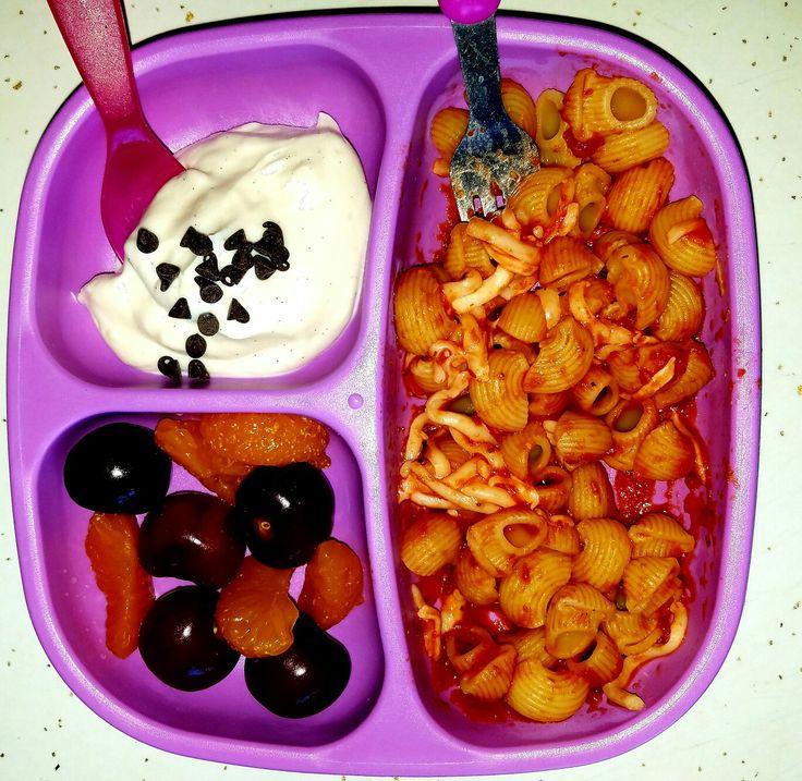 Pasta with Marinara Sauce and Mozzarella Cherries and Mandarin Orange plus VanillaBean GreekYogurt with Mini ChocolateChips @madilynwinkler
