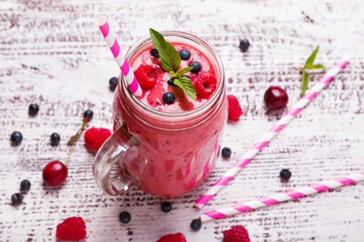 Skinny Berry Smoothie – Fat Burning Protein Shake made with Body Shape Thermogenic Protein in Vanilla Bean Flavour
