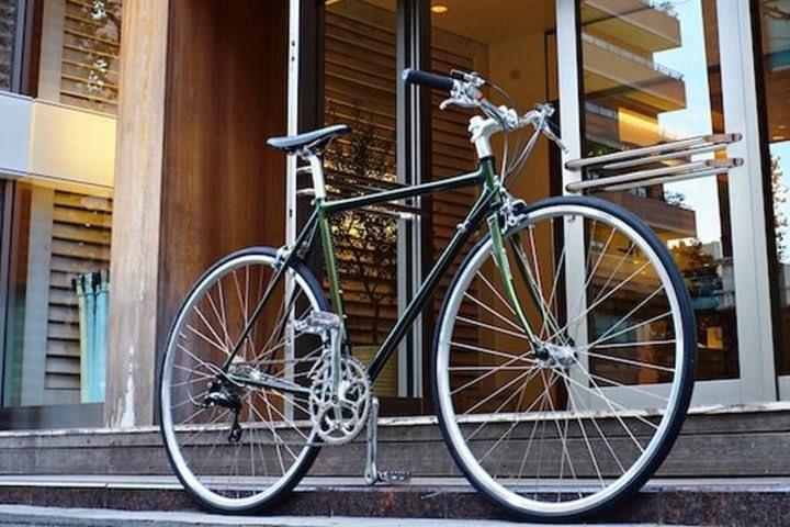 ブリヂストンサイクルの「BRIDGESTONE NEOCOT」に、ニューヨークの自転車ブティック「CHARI&CO NYC」とコラボレーションしたモデルが追加された。