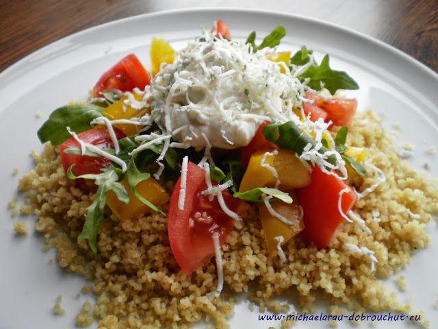 Dobrou chuť: Kuskusový salát s nivovým dresinkem a rukolou