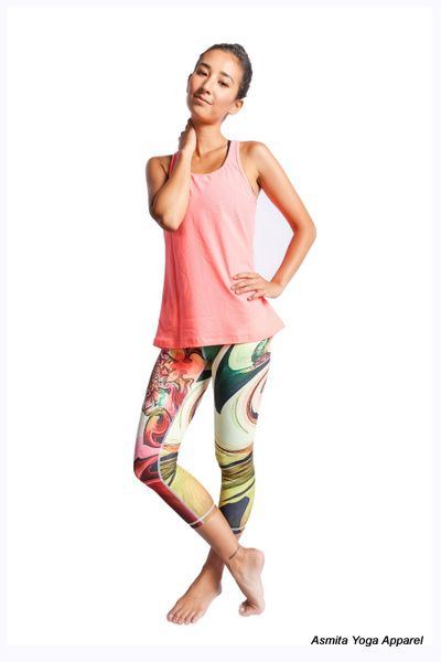 Wear this Eka Capris with Kandinsky's art pattern, it's fun pant that offers lightweight fabric that breathes and moves with you through your active and colorful life.
