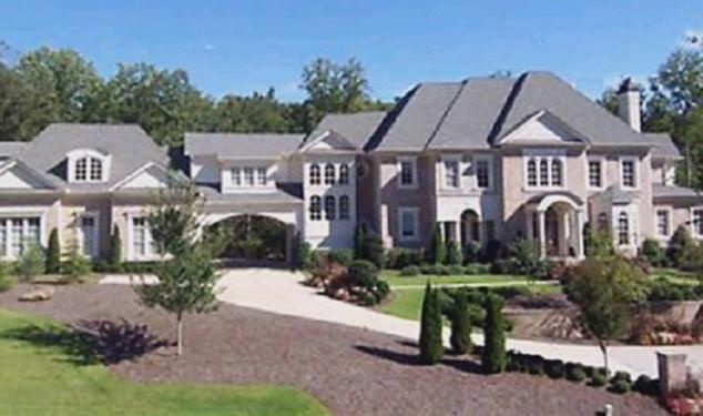 Pictures of atlanta Usher's home in Roswell,