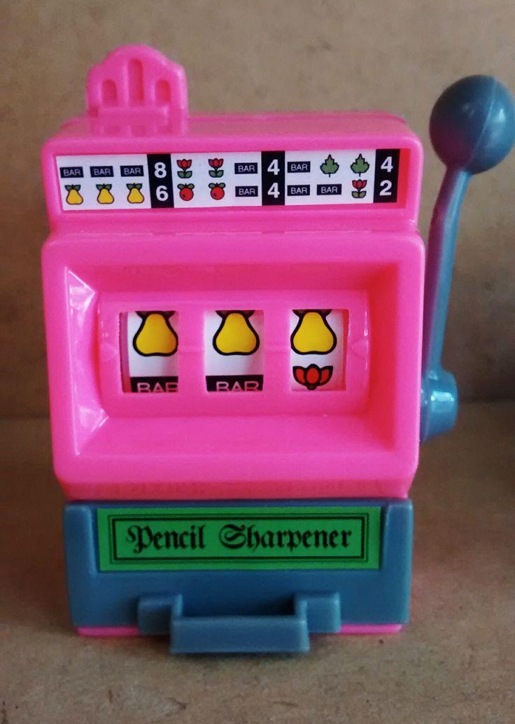 Sacapuntas maquina de #casino - De venta en La Pape  #Pencilsharpeners #Fun #Toys #Design