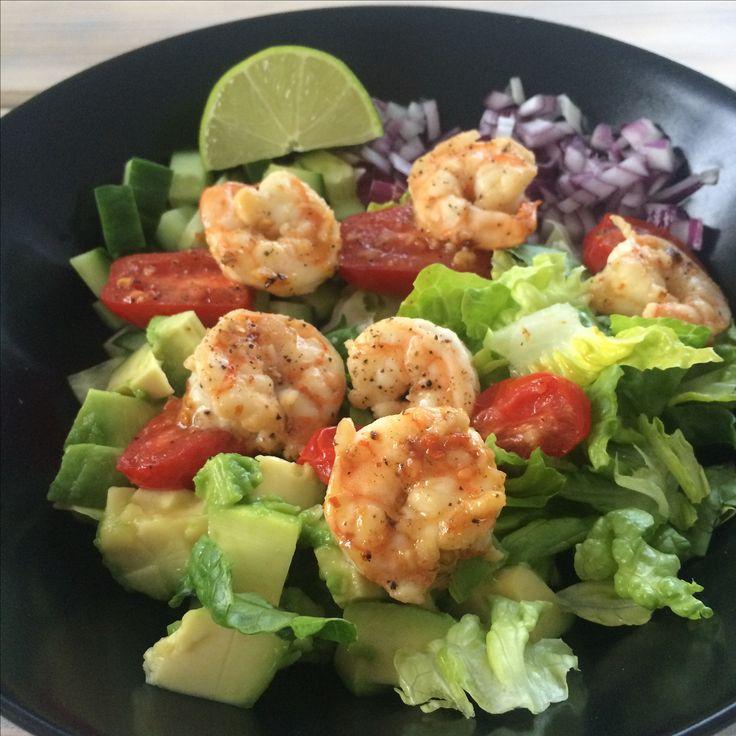 Healthy shrimp salat