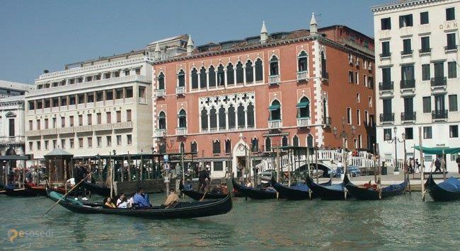 Палаццо Дандоло – #Италия #Венето #Провинция_Венеция (#IT_34) Hotel Royal Danieli.  ↳ http://ru.esosedi.org/IT/34/1000237779/palatstso_dandolo/
