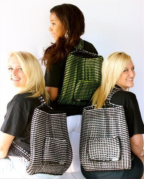 mochilas hechas con anillas