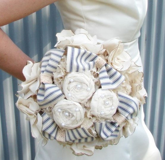.Bridal Bouquets, Vintage Wedding, Fabrics Flower, Wedding Bouquets, Flower Bouquets, Country Wedding, Fabrics Bouquets, Bridesmaid Bouquets, Bouquets Wedding