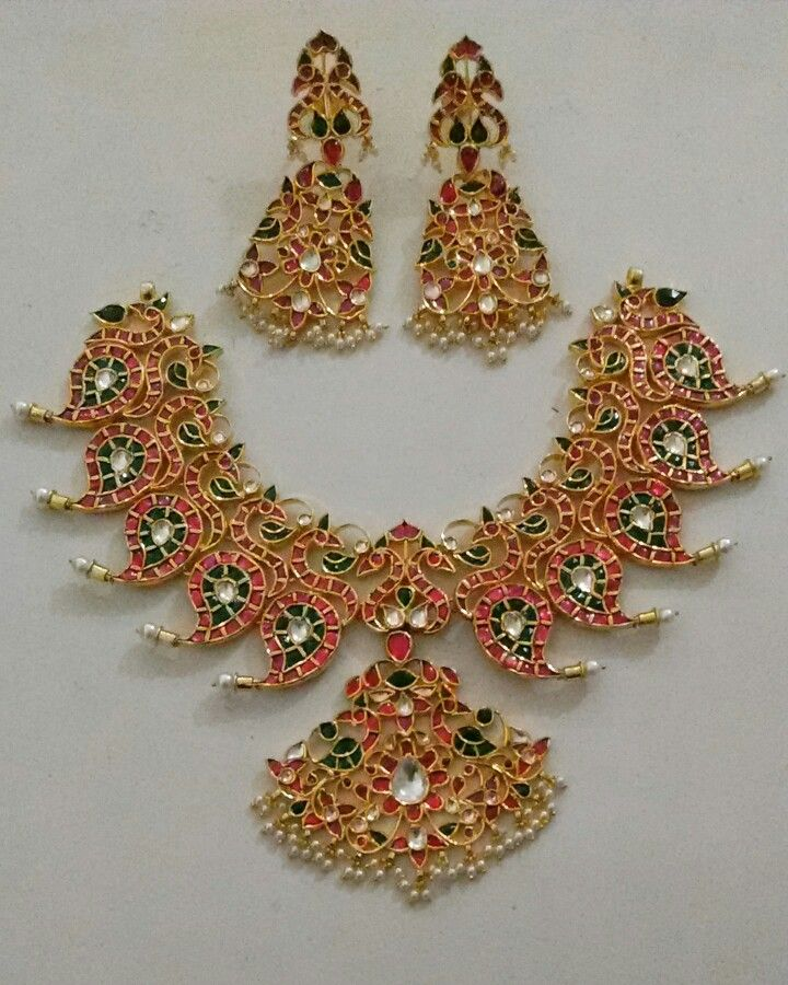 Kundan temple jewellery, hand made,pure silver,bridal jewellery