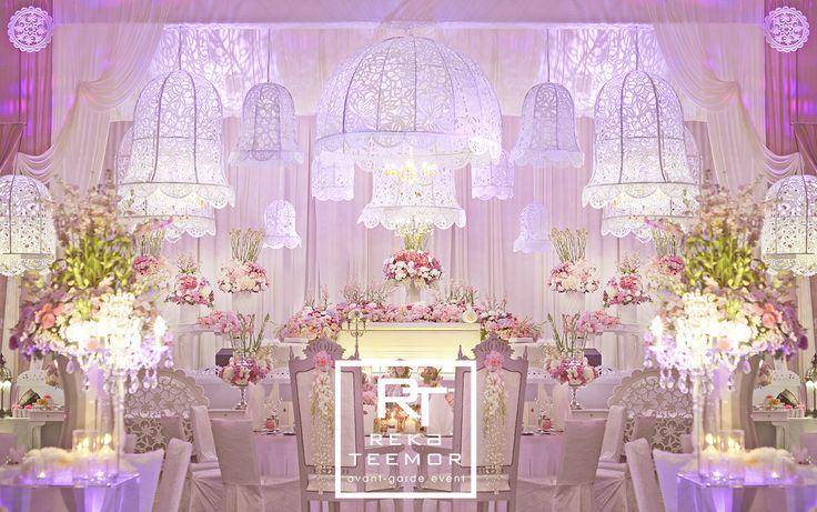 Lace Wedding #weddings #weddingideas #weddingpelamin #rekateemor