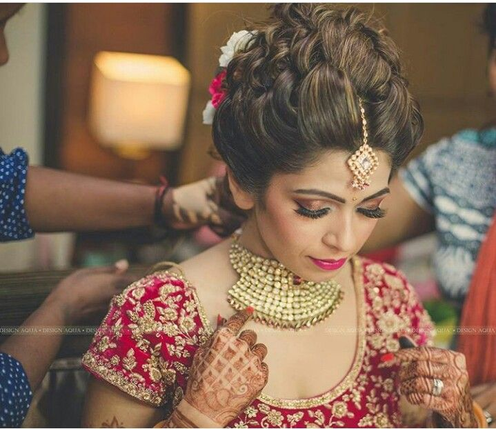 Messy Hairstyles Bride Hairstyle Ideas Wedding Sarees Dresses Bridal Makeover Indian