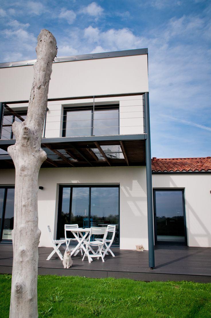Maison - Constructeur de Maison - Maisons d'en France Atlantique - Vendée - Charente-Maritime - Architecture - Construction - Etage - Balcon - Terrasse - Bois - Réalisation Maisons d'en France Atlantique