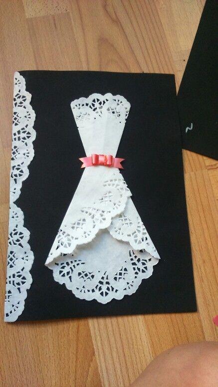 Открытка из ажурной салфетки платье, машеньки