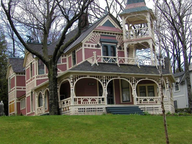 20 best old michigan homes images on pinterest victorian for Cottage builders in michigan