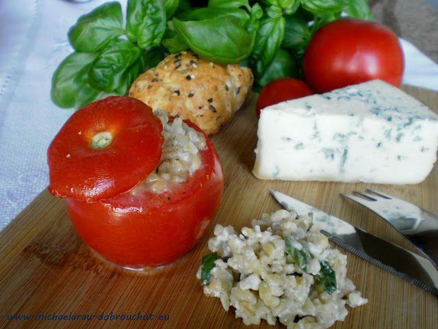 Dobrou chuť: Zapečená rajčata s nivou a bulgurem