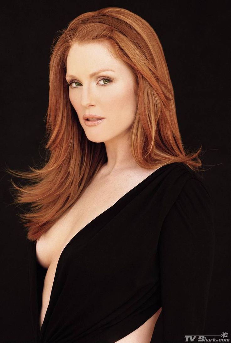 One of the most beautiful redheads, Julianne Moore - Imgur