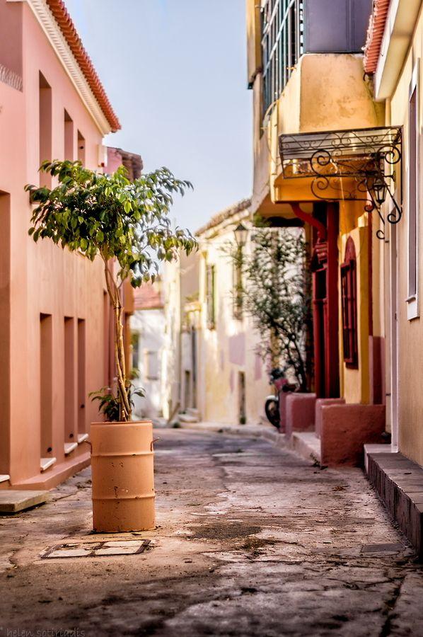 oι μυρωδιές που σε ταξιδεύουν στο παρελθόν χωρίς διαβατήριο...(photo by Helen Sotiriadis) #solebike #Athens #e-bike #sightseeing