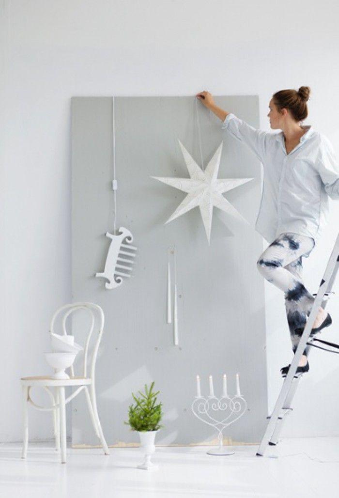 """Kerst hangers aan een stuk hout (of """"oude"""" deur)"""