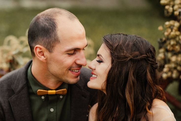 Civil Marriage - Couple Photo Session | Destination Wedding Photographer | Frames and Tales
