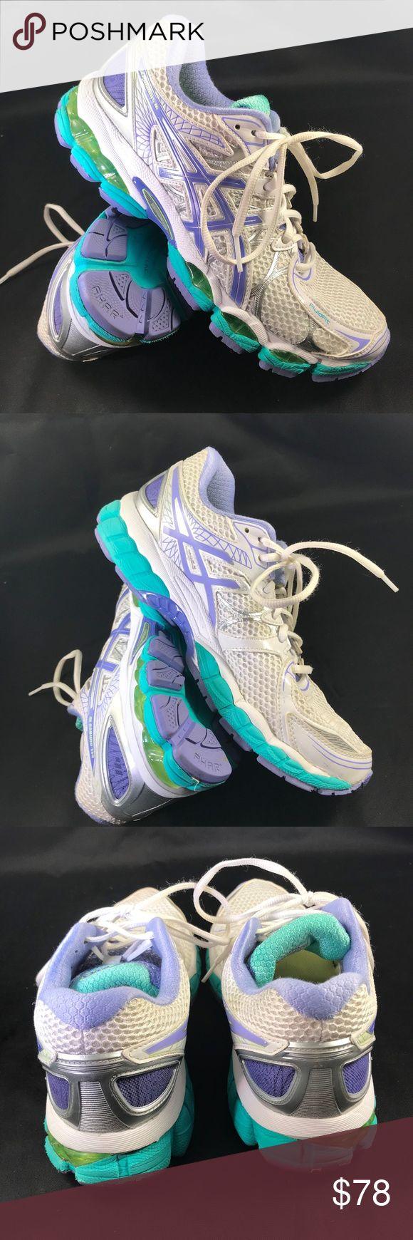 MINT Asics GEL NIMBUS 16 White Size 9.5 41.5 EUR MINT Asics GEL NIMBUS 16 White Size 9.5 41.5 EUR About 25-30 miles on these. ASICS Shoes Athletic Shoes