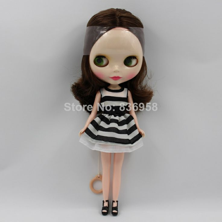 Brown Hair Without Bangs Nude Blythe Doll Special Promotional Style $47.50