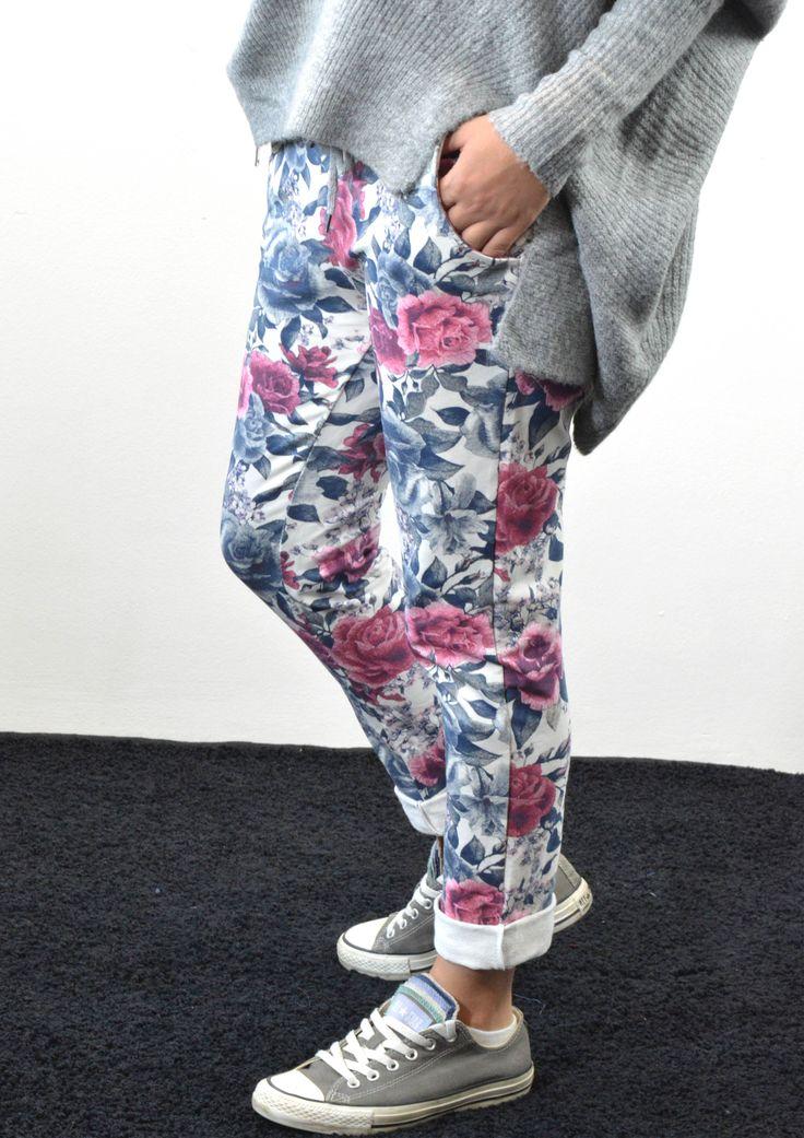 Παντελόνι Φόρμα Φλοράλ   Shop online: www.musitsa.com