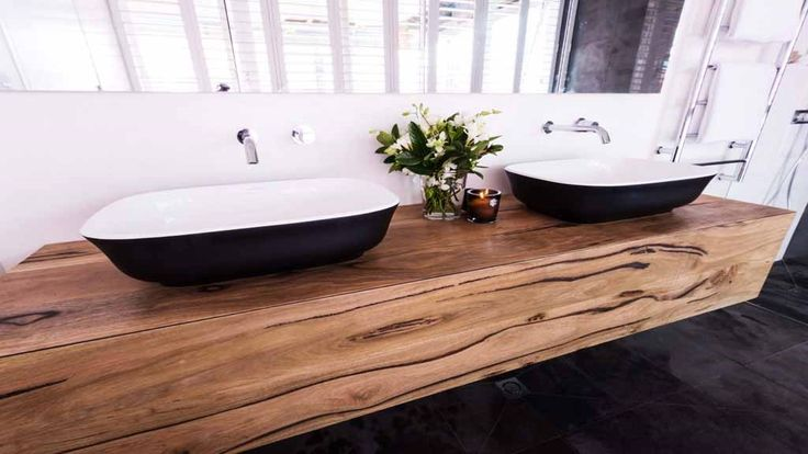 But all three judges fell in love with the amazing timber vanity.