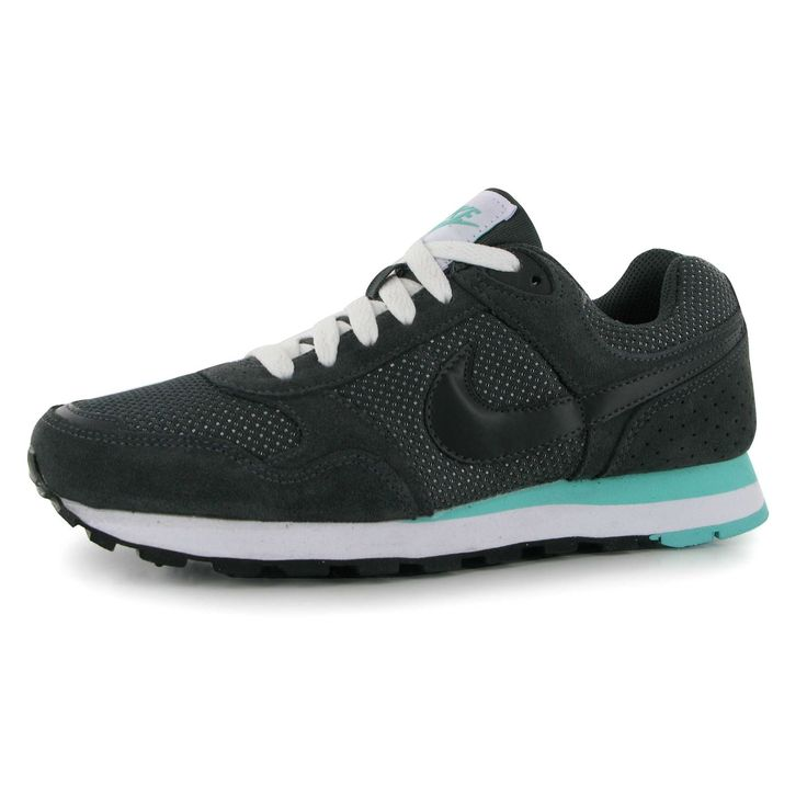 new styles 2f085 77a49 Nike MD Runner Trainers Ladies