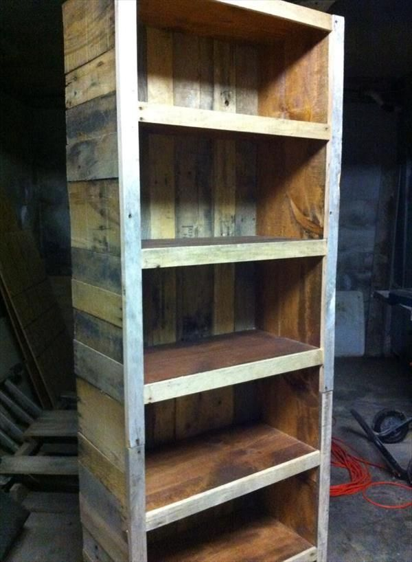 17 best images about pallet diy on pinterest bookcases for Reclaimed wood bookshelf diy