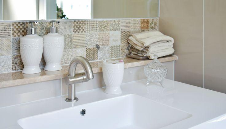 Δείτε πώς θα αποκτήσετε την πιο καθαρή τουαλέτα με 2 διαφορετικούς τρόπους!