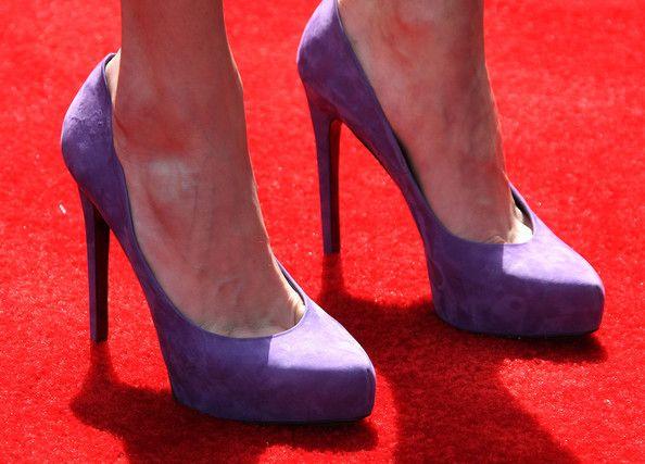 Emmy Rossum Photos - Actress Emmy Rossum (shoe detail) attends the 9th Annual John Varvatos Stuart House Benefit on March 11, 2012 in West Hollywood, California. - 9th Annual John Varvatos Stuart House Benefit - Arrivals
