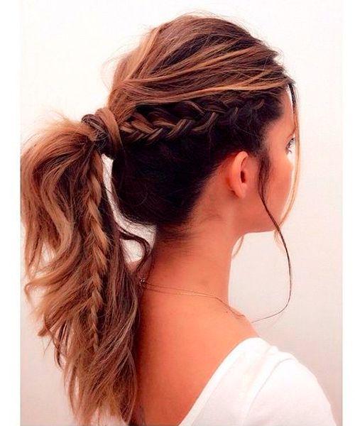 Gelegentliche halb geflochtene Pferdeschwanz-Frisuren für Frauen
