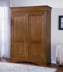 Chateau Oak Double Wardrobe is an exclusive collection of Solidwood Furniture. For more visit http://solidwoodfurniture.co/product-details-oak-furnitures-3094-chateau-oak-double-wardrobe.html