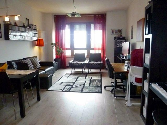 Il #salotto dell'#appartamento che proponiamo in centro a #Padova. Per info: info@pianetacasapadova.it, o 049/8766222.